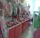 Lotte Nam Sài Gòn vẫn bày bán công khai sản phẩm Hello Kitty (ảnh PV chụp sáng ngày 21/8/2014)