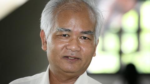 Chủ tịch Hội đồng dân tộc Ksor Phước: Dân còn nghèo mà trụ sở làm việc cứ như cung điện, rất phản cảm!